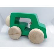 Masinuta din lemn verde