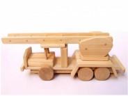 Masina pompieri din lemn